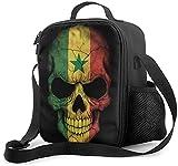 Isolierte Lunchtasche mit senegalischen Flaggen & Totenkopf, auslaufsicher, flach, Kühltasche mit Schultergurt für Damen & Herren, geeignet für Arbeit & Büro