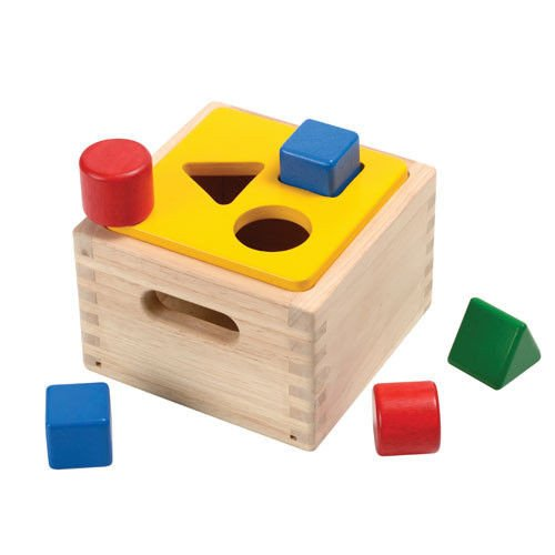 PlanToys Shape & Sort It Out