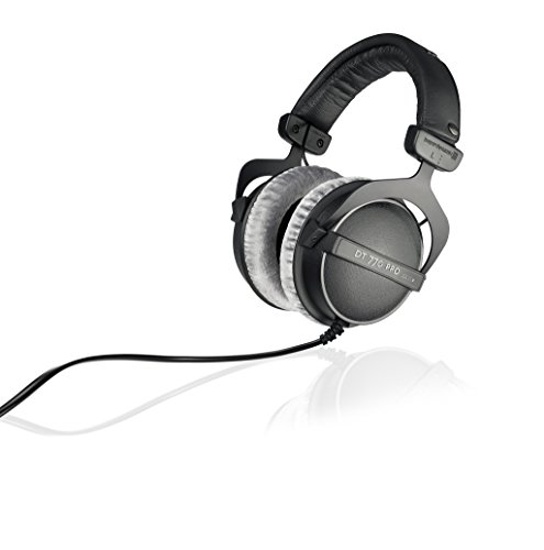 beyerdynamic DT 770 PRO 250 Ohm Over-Ear-Studiokopfhörer in schwarz. Geschlossene Bauweise, kabelgebunden für Studioanwendung ideal zum Abmischen im Studio