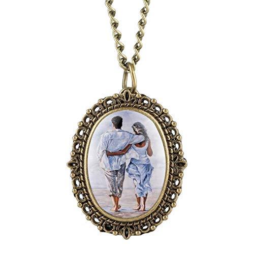 Exquisite Ellipse Damen Taschenuhr Liebhaberrücken Figuren Muster Quarz Taschenuhr für Damen Elegante Bronze-Tone Taschenuhr für Teenager