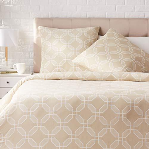 Amazon Basics - Juego de ropa de cama con funda de edredón, de satén, 155 x 220 cm / 80 x 80 cm x 2, Octógonos