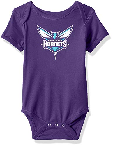 OuterStuff NBA NBA NBA - Body de manga corta para recién nacidos y bebés, diseño de Charlotte Hornets, color morado oscuro, 0-3 meses