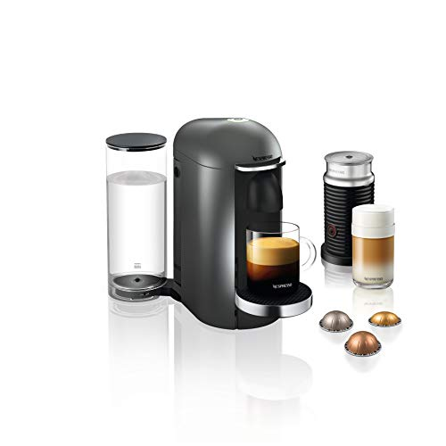 Krups Nespresso XN902T Vertuo Plus inklusive Deluxe Bundle Aeroccino Milchaufschäumer (automatische Kapselerkennung, 1,1 l Wassertank, 5 Tassengrößen), Titanium