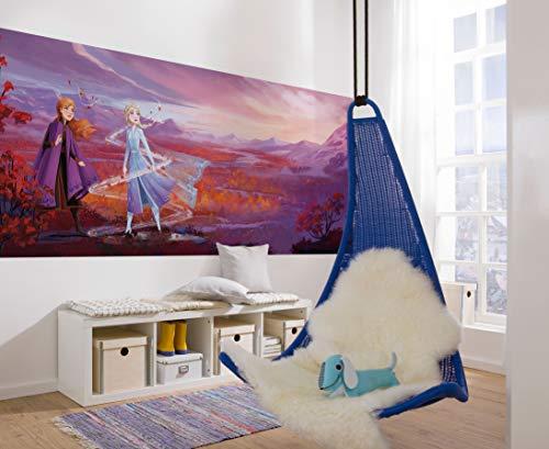 Komar 4-4104 Disney fotobehang FROZENPANORAMA-grootte 368 x 127 cm (breedte x hoogte), Frozen 2, Anna, ELSA, ijskoningin, behang, muurdecoratie, kinderkamer, decoratie 4-4104, bont