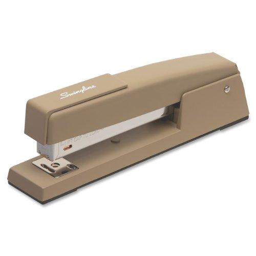 Swingline 747 Beige Classic Desk Stapler (S7074702E)