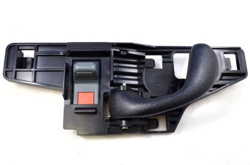 03 blazer interior door handle - 2