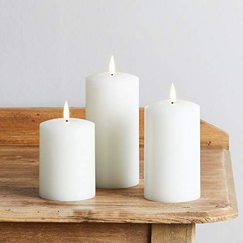 Lights4fun Set of 3 TruGlow Battery LED Flameless Pillar Candles with Timer Real White Wax