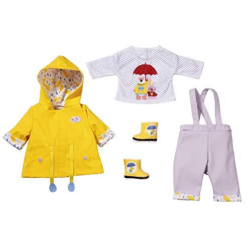 BABY born Deluxe Regen Set für 43cm Puppe - Leicht für Kleine Hände, Kreatives Spiel fördert Empathie & Soziale Fähigkeiten, für Kleinkinder ab 3 Jahren - Inklusive Gummistiefel & mehr