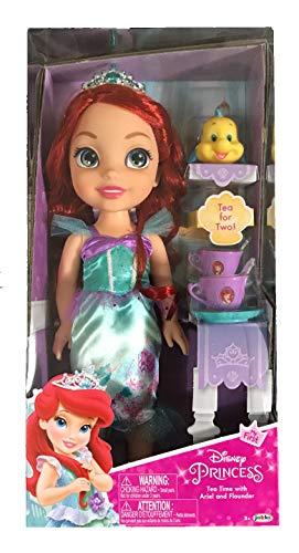Jakks Pacific Disney Princesa Ariel 35 cm y Flounder con Set de Té para Dos Tea Time