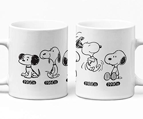 """Snoopy Evolution """"The Story 1950-1990"""" - Taza con diseño Snoopy - Colección 2018 - para Desayuno, té, café, Chocolate"""