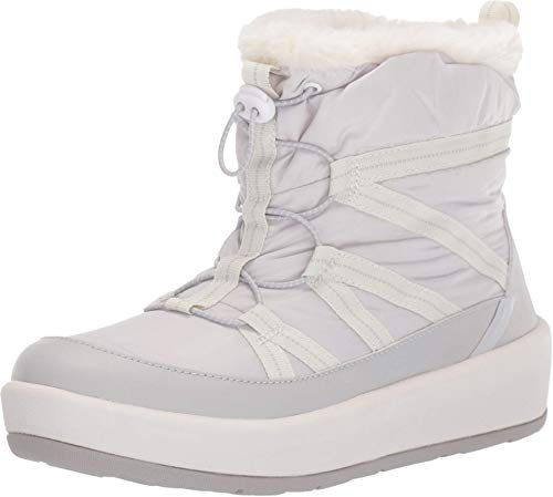 CLARKS Women's Step North Frost Boot, Light Grey Textile, 75 M US