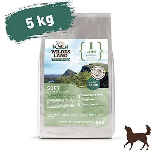Wildes Land | Halbfeuchtes Trockenfutter für Hunde | Nr. 1 Lamm | 5 kg | mit Reis und Wildkräutern | Glutenfrei | Extra viel Fleisch | Soft Für alle Hunderassen | Beste Akzeptanz und Verträglichkeit