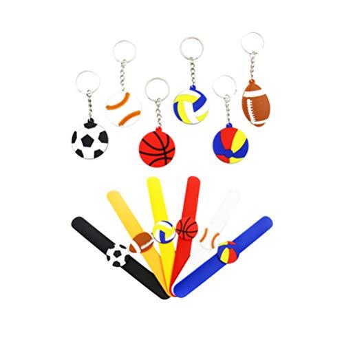 NUOBESTY Cumpleaños Fiesta Temática Deportiva Suministros Regalo Pulseras de Silicona Pulseras de Goma Y Baloncesto Balón de Fútbol Llavero Fiesta Infantil Favor 12Pcs
