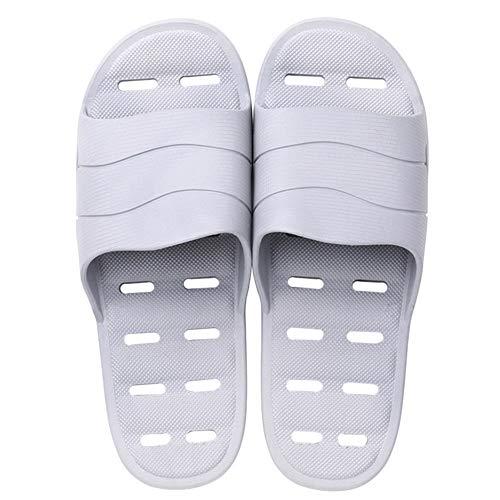 Sandalias cómodas de verano zapatillas con goteras parejas zapatillas de baño de plástico de interior antideslizantes de fondo suave para el hogar Plataforma ocasional de moda zapatillas abrir-punt