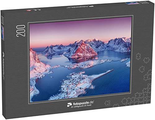 fotopuzzle.de Puzzle 200 Teile Luftbild auf den Lofoten, Norwegen Berge und Meer bei Sonnenuntergang Naturlandschaft aus der Luft an der Drohne