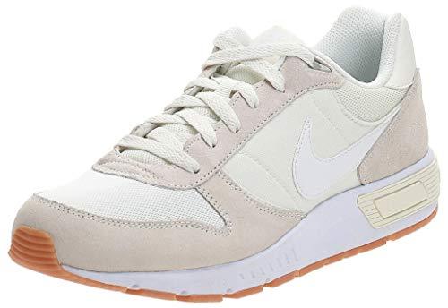 Nike Nightgazer, Zapatillas de Running Hombre, Blanco (Sail/White/Gum Light Brown 102), 48.5 EU