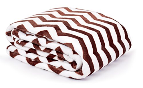 Internet's Best Plush Chevron Throw Blanket - Café (Brown) - Ultra Soft Couch Blanket - Light Weight Sofa Throw - 100% Microfiber Polyester - Easy Travel - Bed - 50 x 60
