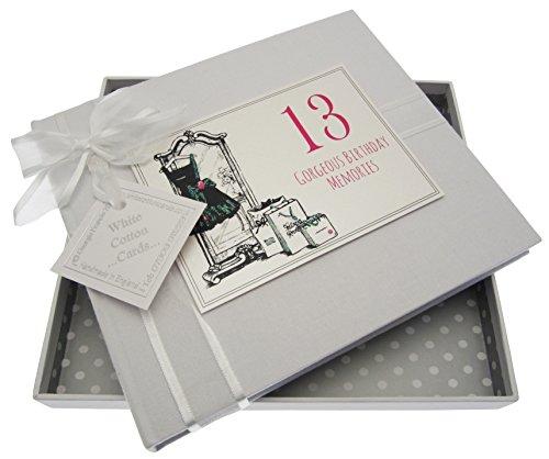 WHITE COTTON CARDS Księga gości na 13. urodziny, mała czarna sukienka, biała