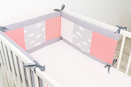 ULLENBOOM ® Nestchen Coral Wolken (180x30 cm Baby Bettnestchen, Bettumrandung für 120x60 cm Babybett - Kopfbereich, Motiv: Punkte, Sterne)