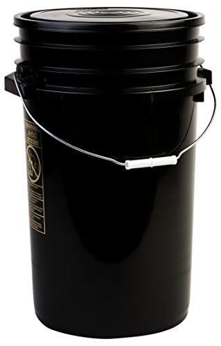 Hudson Exchange Premium 7 Gallon Bucket with Lid, HDPE, Black