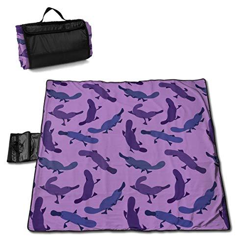 Suo Long Platypus Mignon Motif Violet Couverture de Pique-Nique Tapis de Pique-Nique fourre-Tout Pratique Camping Plage Tapis de randonnée
