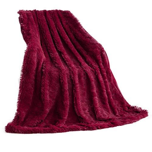 Tamkyo Manta Decorativa de Piel SintéTica Extra Suave, Manta Peluda Reversible, Liviana y de Pelo Largo para Sofá Cama, Rojo Vino