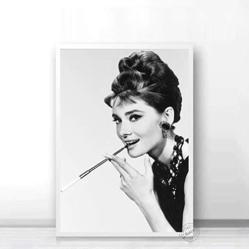 Audrey Hepburn Poster Movie Star Prints Nordic Black White Wall Art Canvas Painting Wall Pictures For Living Room Home Decor b36 50X70cm