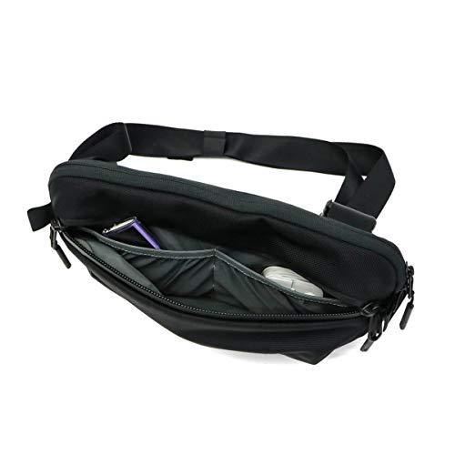 41tLN R4KfL-Aerのボディバッグ「AER Day Sling 2」をレビュー!小さいクセにいろいろ入って便利です。