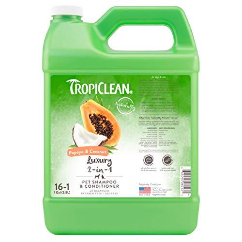 TropiClean Shampoo für Haustiere - Luxus 2 in 1 - Reinigt, Spendet Feuchtigkeit, pflegt Haut & Fell I Für Hunde & Katzen I Parabens-, Farbstoff- und Seifenfrei - Papaya & Kokosnuss, 3,78 L