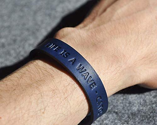 Brazalete personalizada de cuero italiano azul, grabe su nombre, coordenadas...