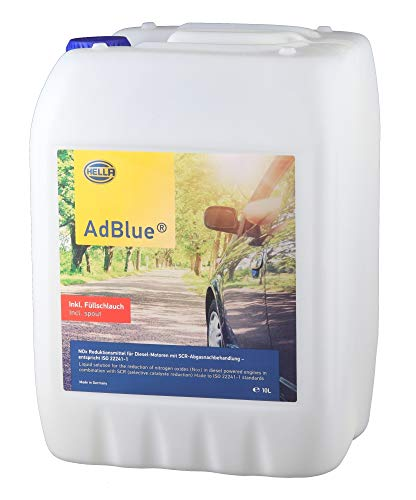 Hella 9CO 358 133-911 AdBlue Hochreine Harnstofflösung zur SCR Abgasnachbehandlung gem. ISO 22241, 10 Liter, inkl. Einfüllschlauch