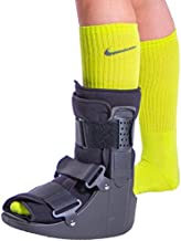 BraceAbility Short Broken Toe Boot | Walker for Fracture Recovery, Protection and Healing after Foot or Ankle Injuries (Medium)