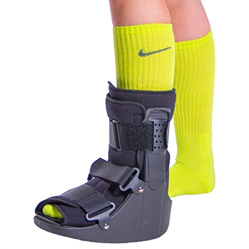 BraceAbility Short Broken Toe Boot | Walker for Fracture Recovery