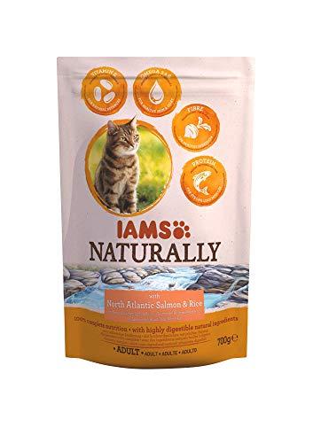 IAMS Naturally Alimento Secco per Gatti Adulti, con Riso e Salmone, 700 g
