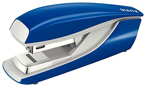 Leitz Flachheftgerät aus Metall, Für 30 Blatt, Inkl. Heftklammern, Ergonomisches Design, Blau, NeXXt-Serie, 55050035