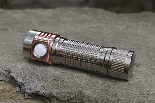 selected-lights EMISAR D4V2 TI SST20 4000K LED 18650 Taschenlampe aus Titan