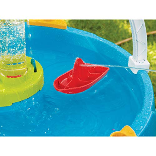 Little Tikes Battle Splash game is a fun backyard water toy for kids