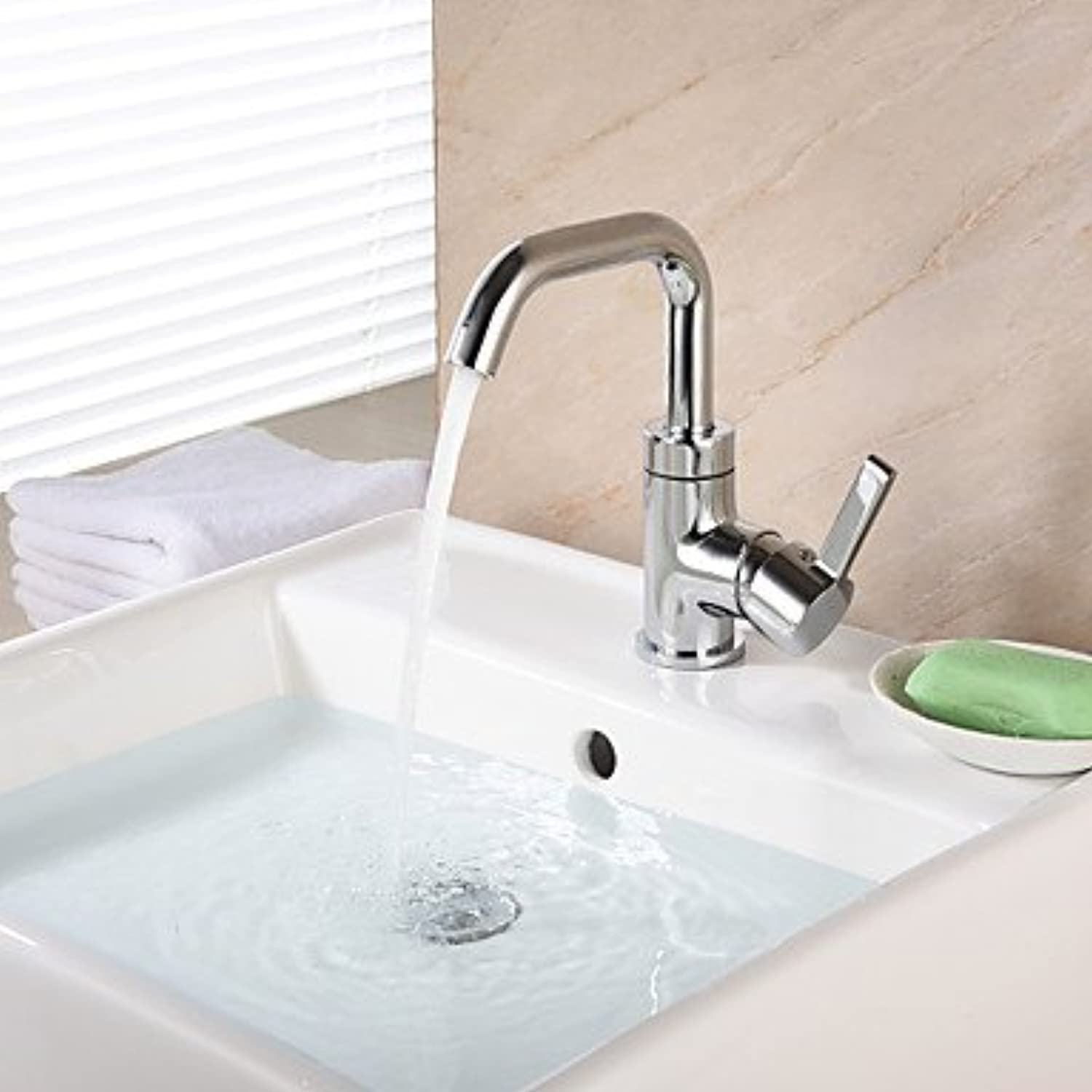 SQL Centerset Single Handle One Hole in Chrome Bathroom Sink Faucet