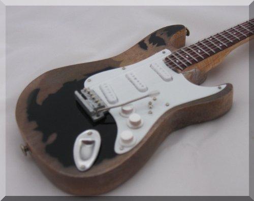 JOHN MAYER Miniatura Guitarra MONSTER RELIC