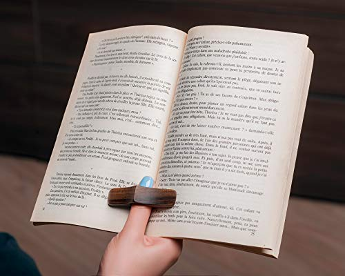TILISMA Book Page Holder -Handmade Natural Walnut Thumb Bookmark -Novel Reading Accessories Gifts for Readers, Book Lovers Gifts, Bookworm Gifts, Literary Gifts - Book Accessories (XL 0.98 inches)
