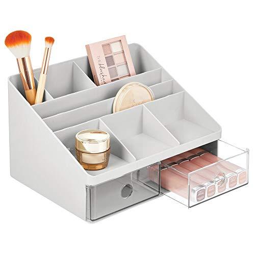 mDesign Contenitore portatrucchi – Organizer per cosmetici dotato di 2 cassetti e 8 scomparti – Scatola porta trucchi in plastica per il bagno – grigio/trasparente