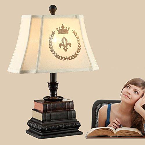 Bonne chose lampe de table Lampe de bureau Étude créative Étui de chambre à coucher rétro Lampadaire de bureau européen rustique d'art