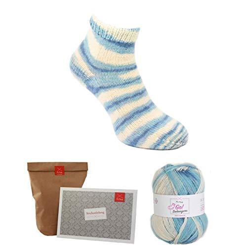 MyOma Socken Strick-Set -Oma Christines Nordseewellen blau + GRATIS Label- Sockenwolle 4fädig – Strickset Socken - 1 Knäuel Blaue Sockenwolle – Anleitung zum Socken Stricken – Sockenstrickset