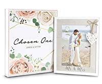Mr & Mrs 5x7 Picture Frame by Chosen One – Rustic White Picture Frames with Heart Accent – Bridal Shower Gifts, Engagement Frame and Wedding Gifts for The Couple – Beach Style Wooden Picture Frame [並行輸入品]