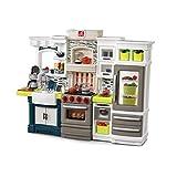 Step2 Elegant Edge Spielküche | Spielzeugküche für Kinder mit Zubehör Set inkl. u.a. Geschirr & Töpfe | Kinderküche aus Kunststoff / Plastik