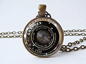 Kamera-Objektiv, Kamera-Schmuck, alte Kamera-Objektiv-Anhänger, Fotograf-Geschenk, Kamera-Halskette, Kamera-Geschenk, technologisches Vintage-Kamera-Objektiv.