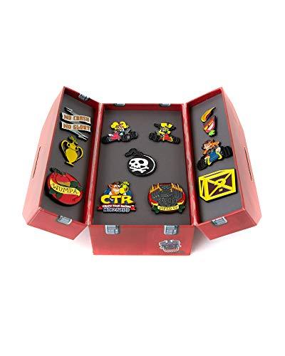 Crash Bandicoot Crash Team Racing, Officiel Marchandises - CTR Nitro-Alimentée Boîte à Outils Pin Set de Collection (Set of 11)