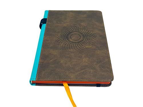 EJRange PU Leder A5-Notizbuch - Mittelgroßer A5-Notizblock, mit Notizbuch ausgekleidete Seiten, Stifthalter, Lesezeichen, elastischer Verschluss, Innentasche, geprägtes Design, farbige Ränder (braun)