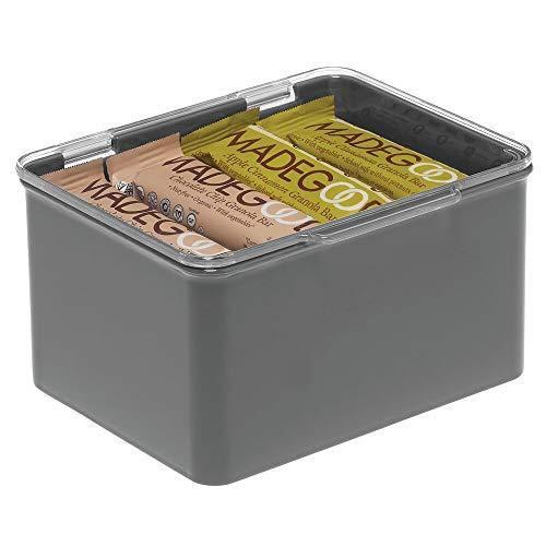 mDesign Caja con tapa para la cocina, la despensa o el despacho – Cajones de plástico sin BPA apilables – Cajas de ordenación compactas para artículos del hogar – gris oscuro/transparente