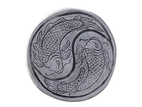 gartendekoparadies.de Wunderschöne chinesische japanische Trittplatte Bodenplatte Motiv: Koi aus Steinguss frostfest
